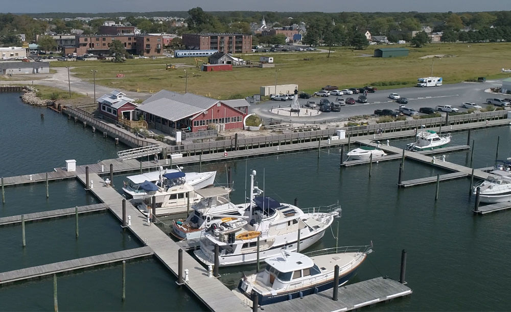 An image of a marina on the Chesapeake Bay where Tidewater Charters launches.