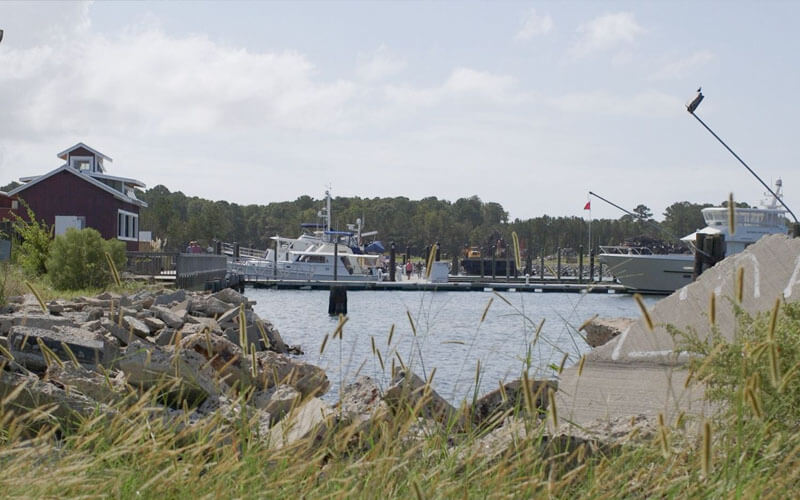 An image of a marina in the Chesapeake Bay that acts as the featured image for Chesapeake Bay sightseeing tours.